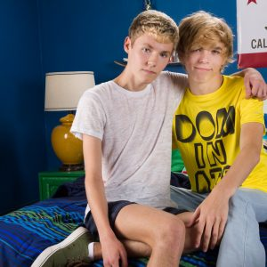 Gay Twinks Jamie Ray Bryce Foster